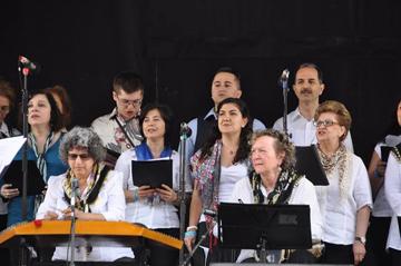 VTC at the European Festival. From left, first row: Laura Blumenthal (santouri), Erika Gerson (tambourine), second row: Bahar Çınarlı, Demet Edeer, Özge Göktepe, Tulen Çankaya; third row: Jacob de Camillis, Alper Dama, Ali Ergüdenler (vocalists).