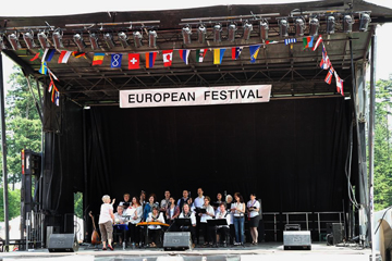 Vancouver Turkish Choir at the European Festival, May 31, 2014 / Photo by Nazim Edeer