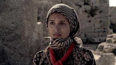 Feride Çetin 'Lal'da çoban kızı oynadı.