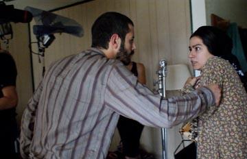 Ali Barkın ve Çağrı Berk filmden bir sahnede birlikte.
