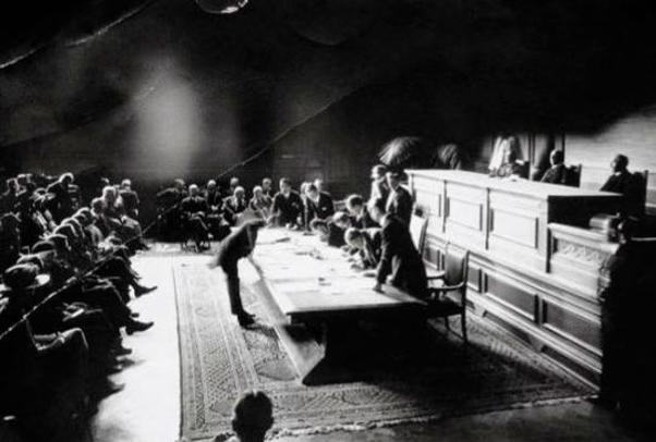 Lozan Antlaşması, 24 Temmuz 1923'te Lozan Üniversitesi tören salonunda imzalandı.