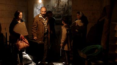 Nazlıcan Tuncalı, Kürşat Alnıaçık et Gerçek Sağlar Alnıaçık sont dans le film «Toi, parle-leur de moi».